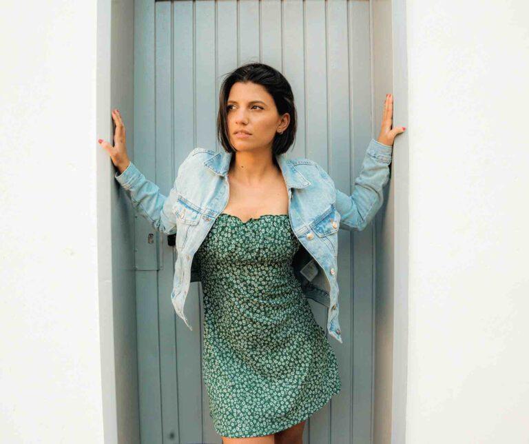 """Deborah Iurato e il nuovo singolo """"Ma cosa vuoi?"""" dal 10 luglio disponibile in radio e in digitale"""