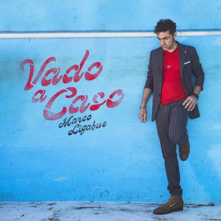 """Marco Ligabue anticipa il nuovo album col singolo """"Vado a caso"""""""