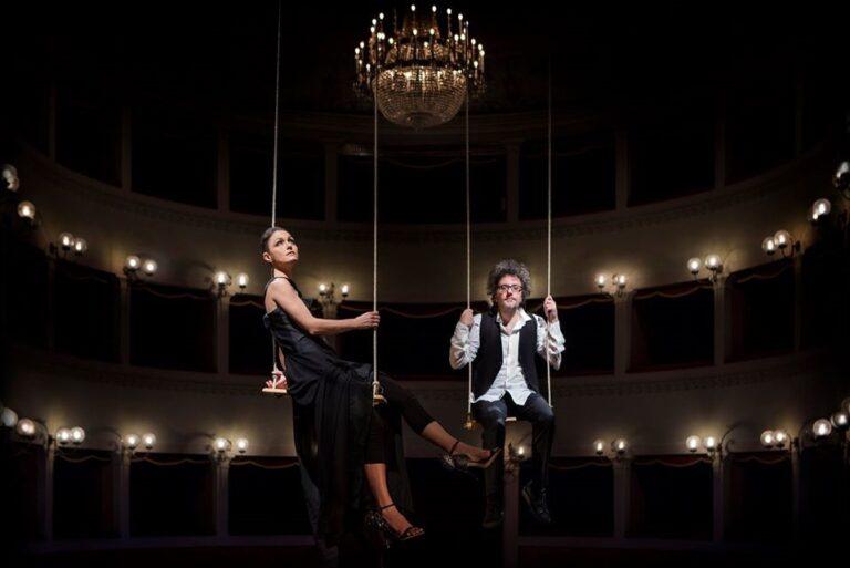 """Musica nuda con """"Turandò zona rossa"""", nello spettacolo in diretta streaming giorno 6 dicembre"""
