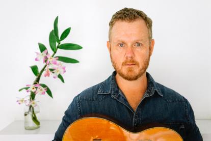 """Tim Hart annuncia """"Winning Hand"""" nuovo lavoro discografico da solista disponibile da febbraio 2021"""