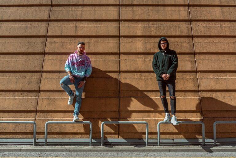 Destino, il nuovo singolo dei CFCREW tra electropop e synthwave