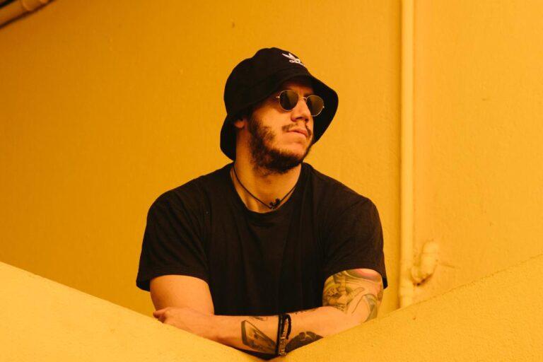 """Da oggi in radio """"Tutto L'indie Minuto Per Minuto"""", il nuovo singolo di GuidoinarteRoberto che anticipa l'album """"Romantico""""."""