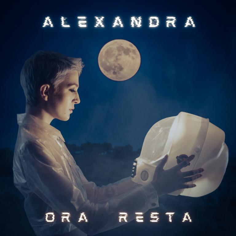 """Venerdì 14 aprile esce in radio e in digitale il nuovo brano di Alexandra,  """"ORA RESTA"""""""